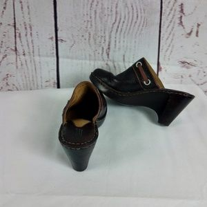 Born Women's Clog Brown Leather Wedge Mule 8